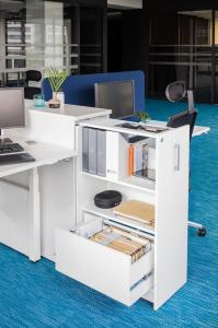 workstation-desk-Yan-MDD-1