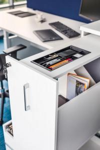 workstation-desk-Yan-MDD-3