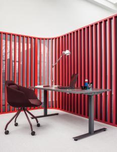 electric-height-adjustable-desks-Ogi-Drive-MDD